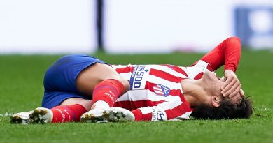Atletico Madrid's Joao Felix suffers ankle injury in draw with Valencia