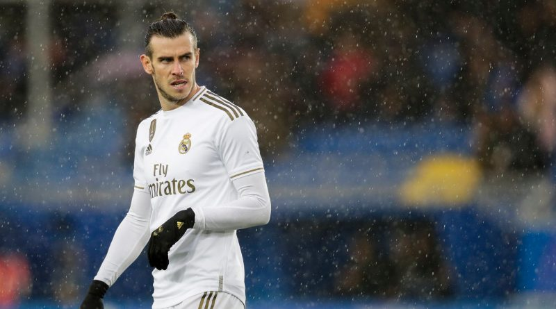 Is Man United or Chelsea a better destination for Gareth Bale?