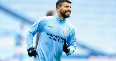 Barcelona interested in signing Sergio Aguero, Memphis Depay this summer