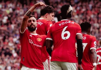 Manchester United stars, winning trophies could influence Pogba to stay
